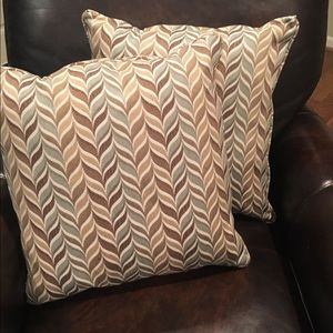 Set of 2 Upholstered Throw/Accent Pillows
